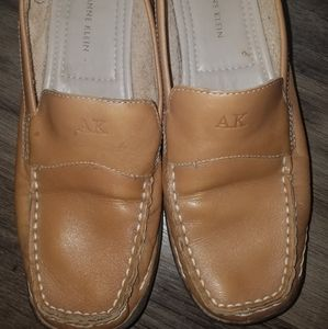 Anne Klein  Mameantobe Leather Loafers Size 8